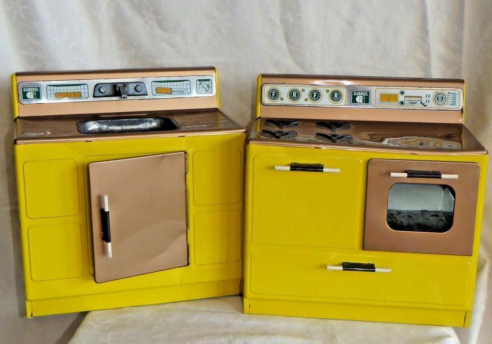 Vintage Gabriel Yellow Mustard Tin Metal Kitchen Stove Sink Toy Set Used