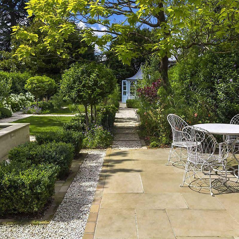 Elegant & Formal Garden