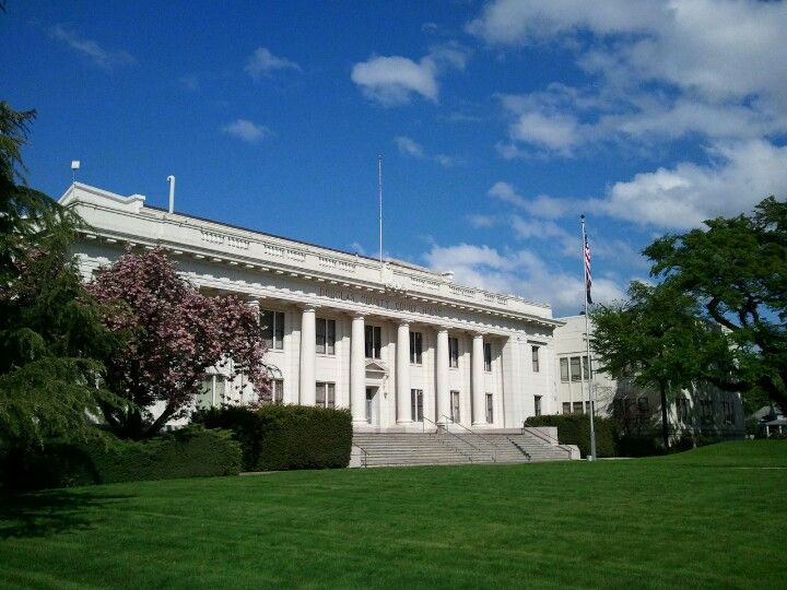 Douglas county courthouse in Roseburg Oregon, where I work