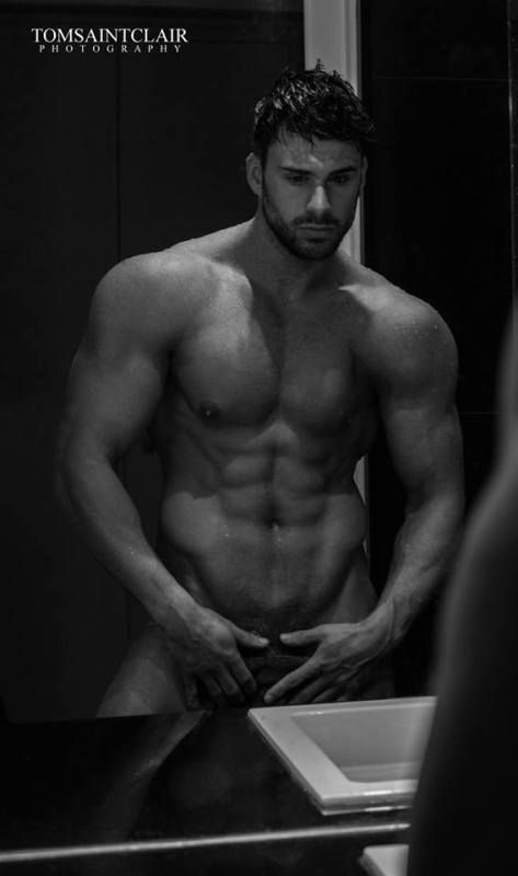 Liam-Jolley-Anatomy-Of-Seduction-Burbujas-De-Deseo-01 | B&W MALE ...