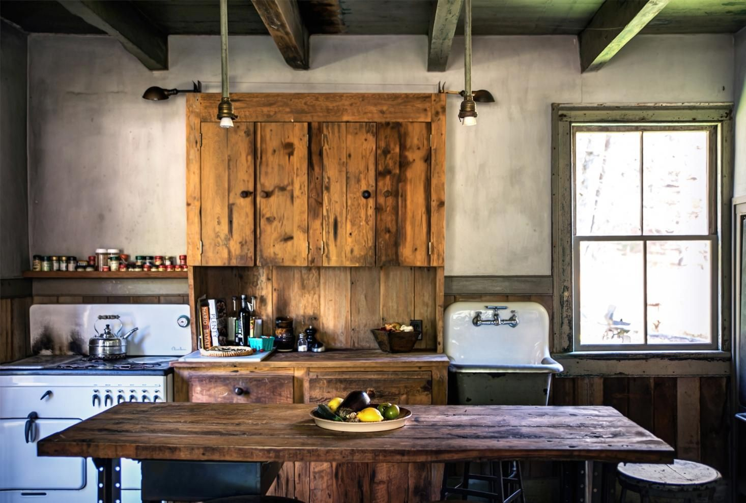 Ordinaire Rustic Farmhouse Kitchen In The Hudson Valley.