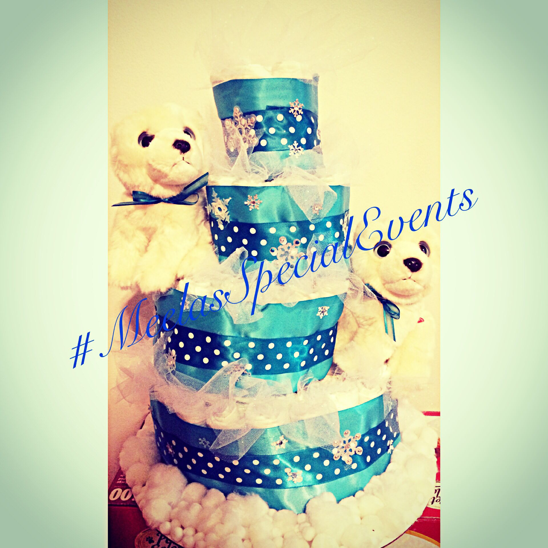 Polar bear diaper cake.
