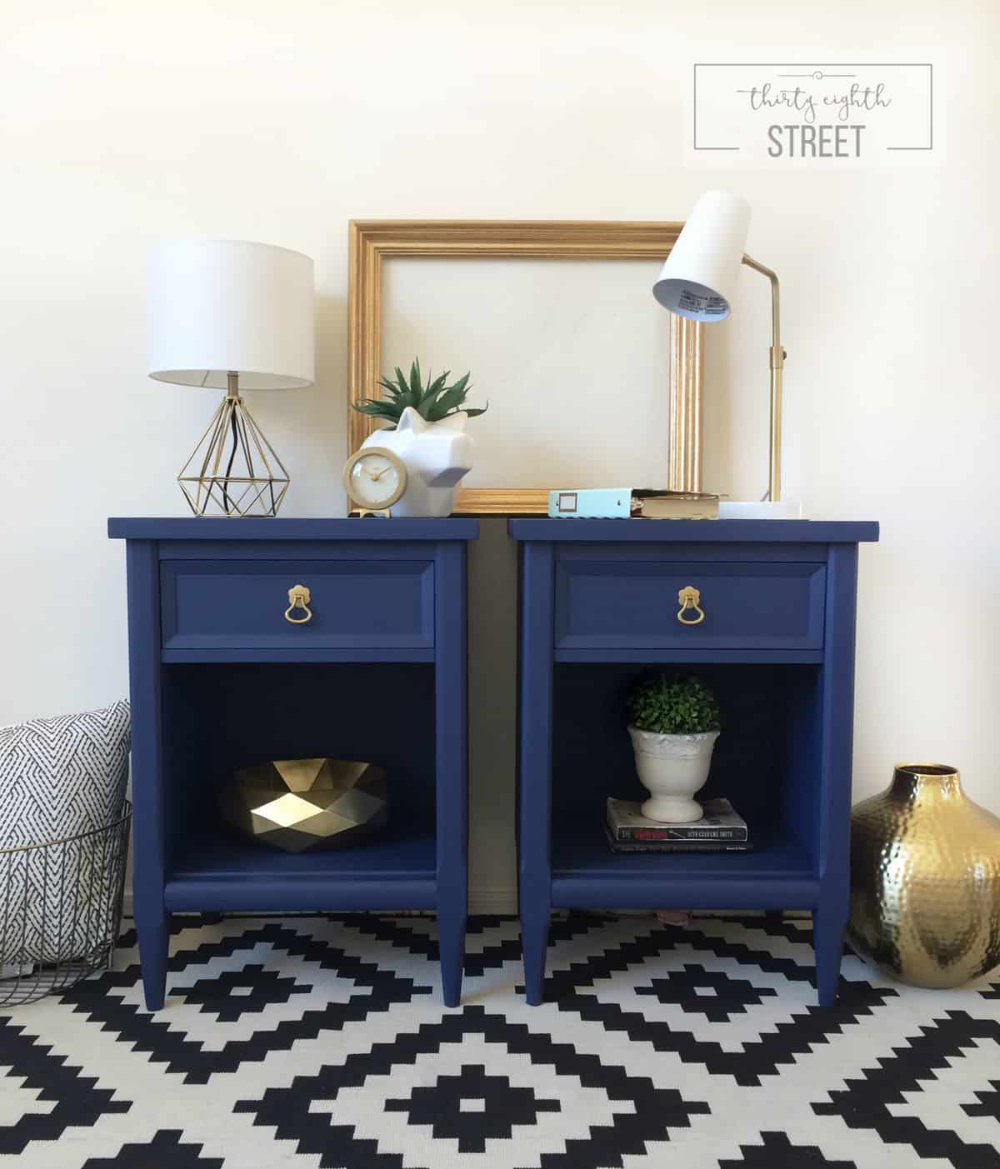 Bright Cheery Modern Nightstands Country Chic Paint Blog In 2020 Bedroom Night Stands Blue Painted Furniture Bedroom Design Diy