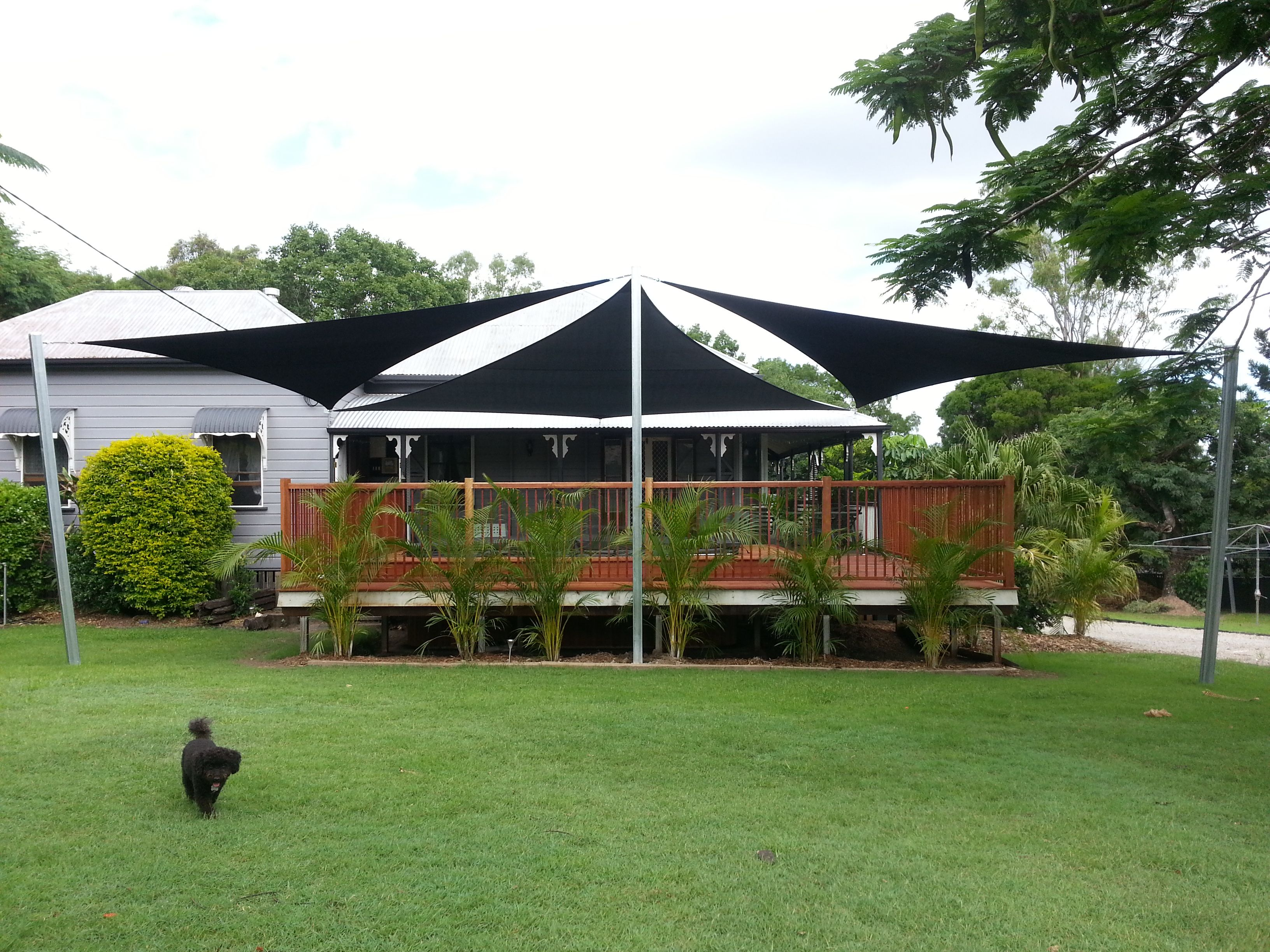 Voile D Ombrage 6 X 4 shade sails - 3 x triangles, balance between shade and sky