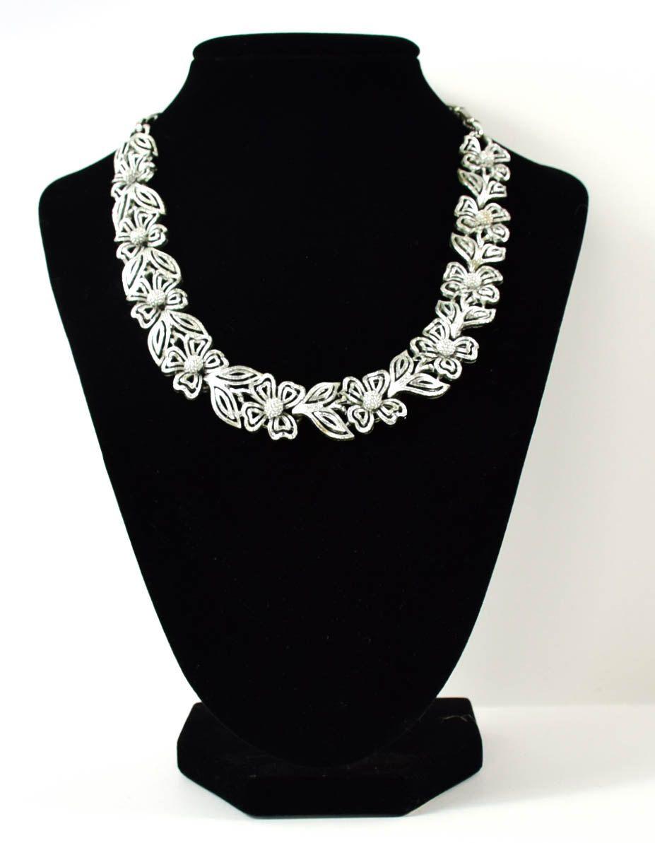 Vintage Mid Century Necklace| Vintage Lisner Necklace| Vintage Flower Necklace| Floral Silvertone Necklace| Gift for her| Silvertone