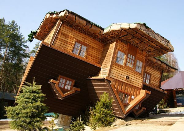 UPSIDE DOWN HOUSE ~ SOPOT, POLAND......WONDER HOW HARD IT IS TO WALK ...