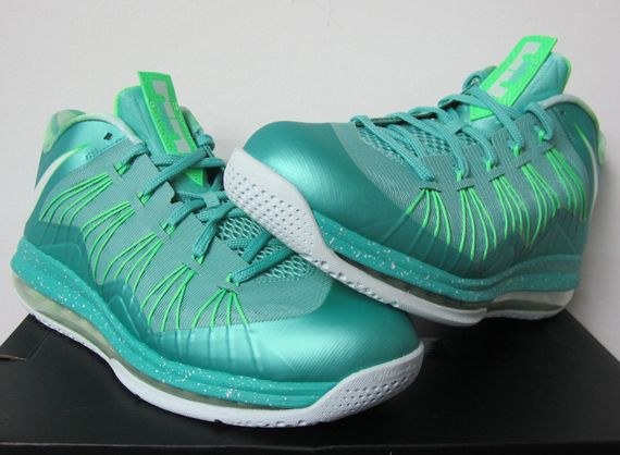 the best attitude 34c1a c77db Nike Air Max LeBron X Low Easter Release Reminder