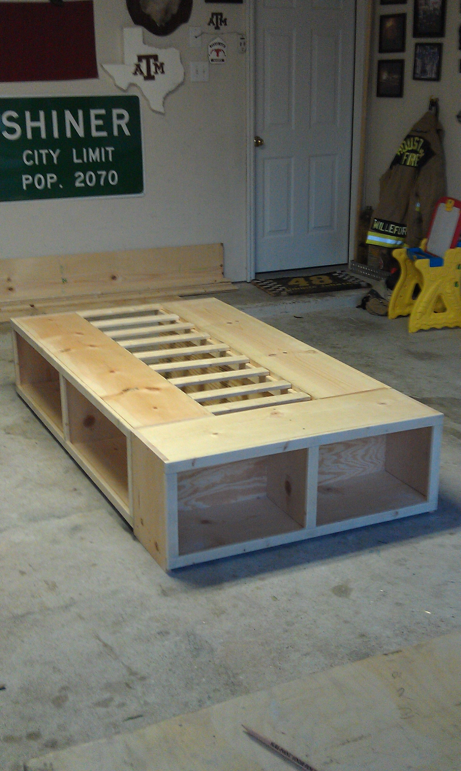 Full Size Pallet Wood Bed Frame With 3 Storage Areas