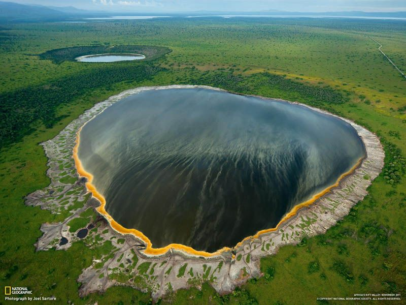 Crater Lakes In The Albertine Rift Of Africa Photograph By Joel Sartore Prints Available Photographer S Descriptio National Parks Rift Valley Crater Lake