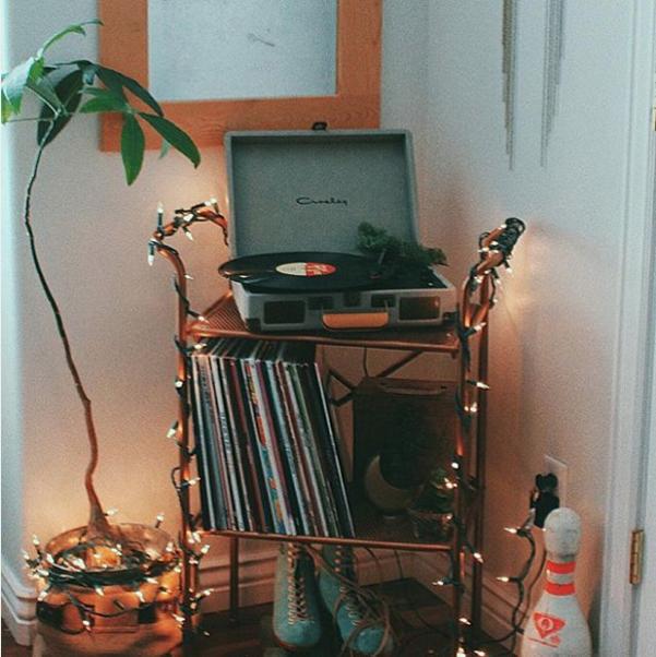 We Re Sorry Bedroom Vintage Vintage Room Aesthetic Rooms