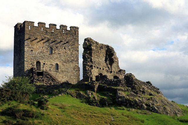 Dolwyddelan Castle by Jeff Buck, via Flickr