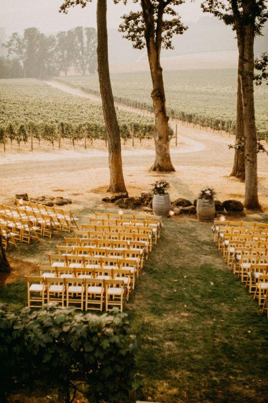 7 Oregon Winery Wedding Venues in the Willamette Valley