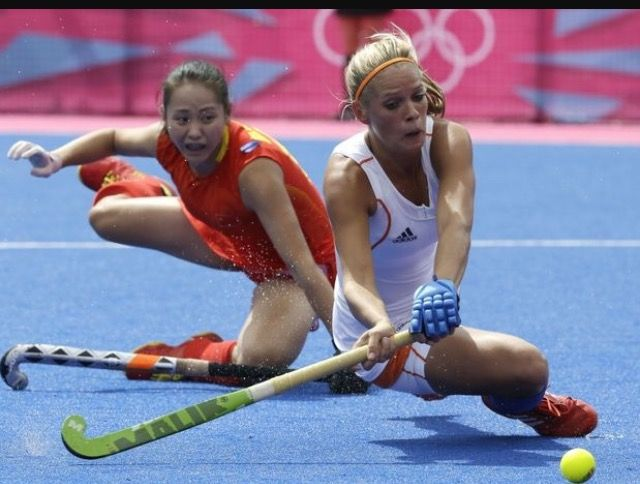 Hockey We All Love It With Images Field Hockey Girls Beautiful Athletes Hockey Girls
