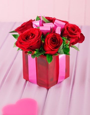 Red Roses In A Red Square Vase Valentines Day Love Ideas Pinterest