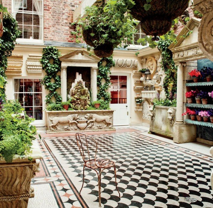 Loulou S The Courtyard At 5 Hertford Street London With