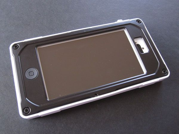 pretty nice 40e75 6f0c2 Pelican ProGear CE1180 Vault Series Case for iPhone 5 | Geek Swag ...