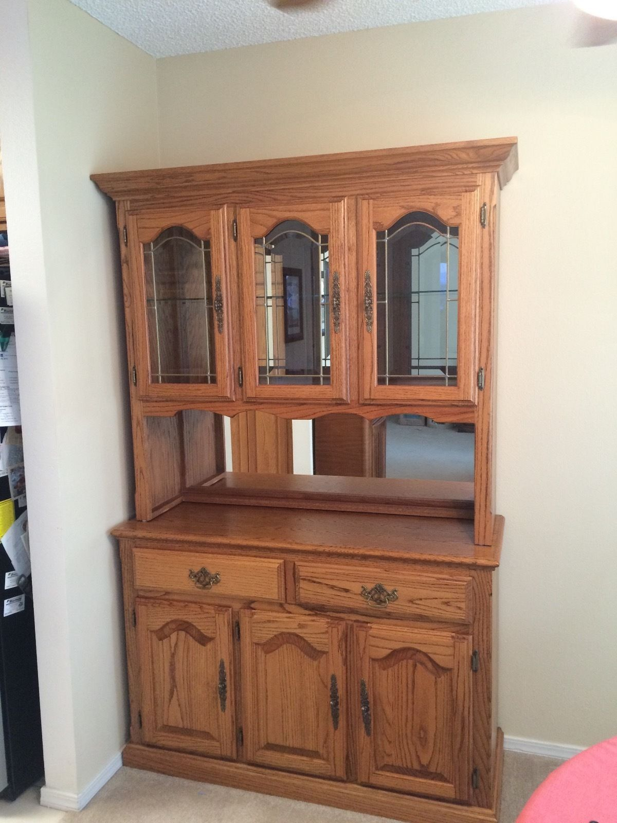 Beautiful Solid Oak Hutch and Buffet Storage Cabinet Display Home ...
