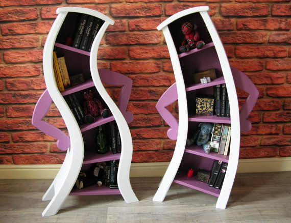alice disney bendy shelves #disney #shelves http://wallartkids.com/alice-in-wonderland-bedroom-ideas