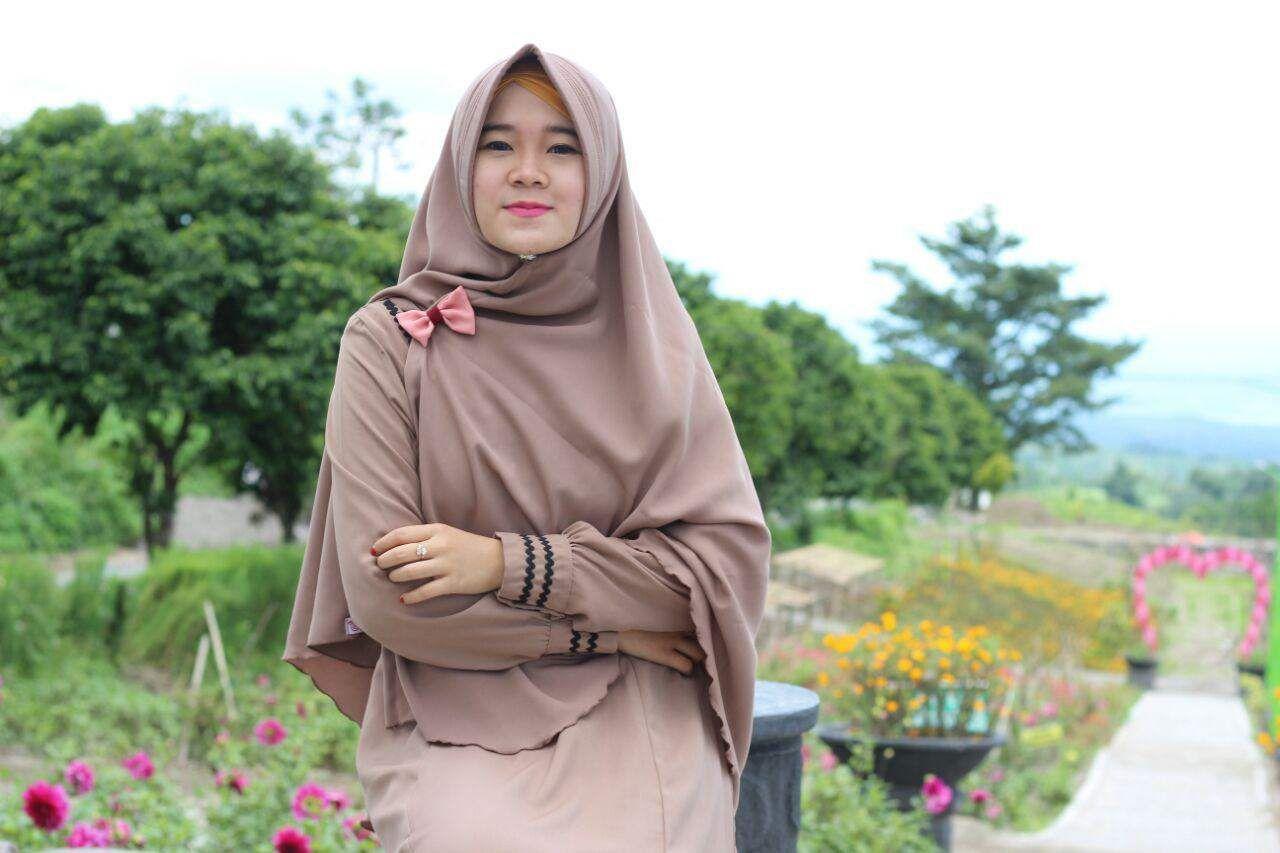 Pin oleh Diane di Что надеть  Hijab, Pakaian, Warna