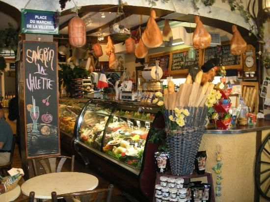 Montreal Food Tours: Flavours and Aromas of Old Montreal
