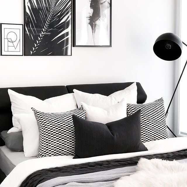 40 Fabulous Black and White Bedroom Design that Inspire images
