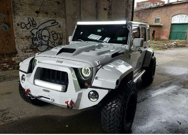 This Is A Really Nice Looking Jeep But It Looks Like Storm Trooper Should Be Driving Lol