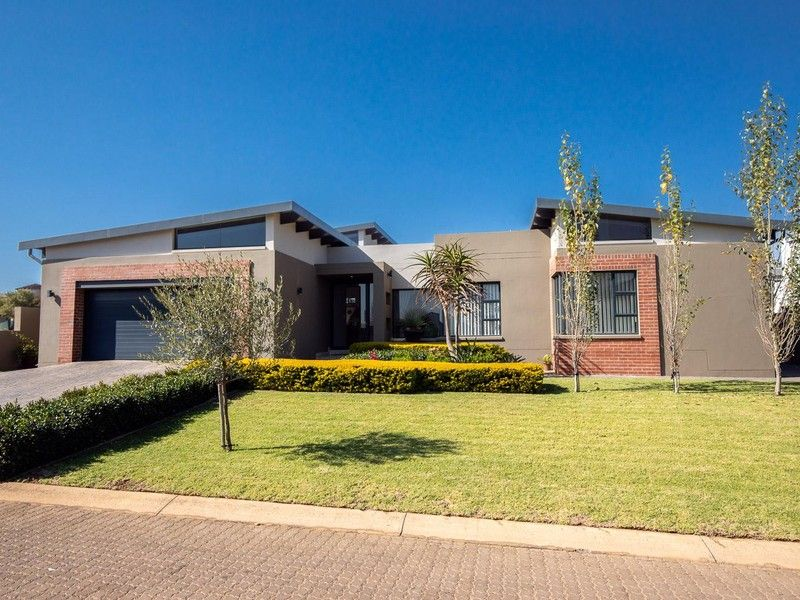 3 Bedroom House For Sale In Copperleaf Estate Centridge House