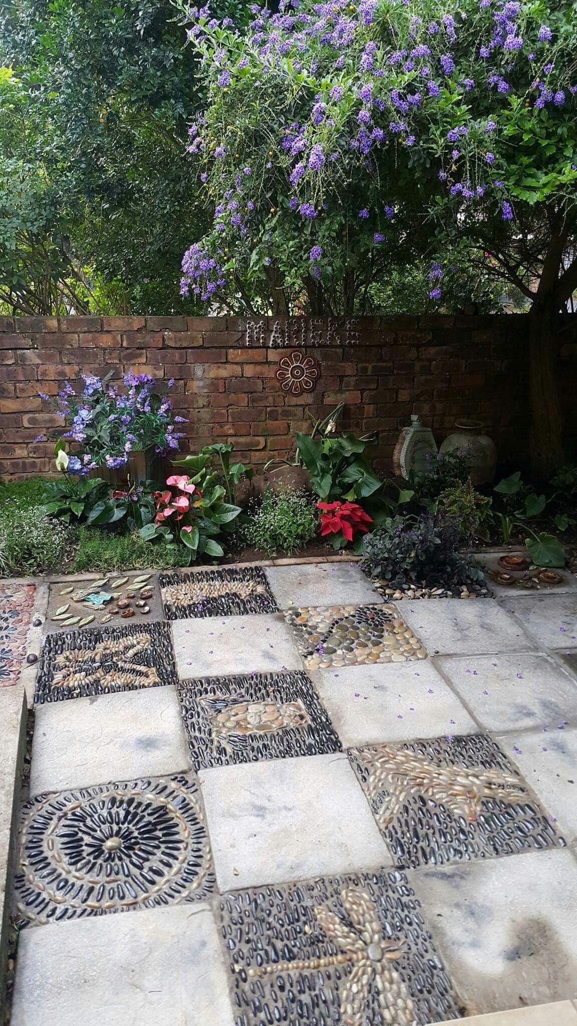 pebble mosaicsdesigner sp botha owner of designer gardens