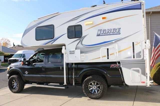 2010 Used Lance Camper 861 Truck Camper In Washington Wa Recreational Vehicle Rv 2010 Lance 861 This Camper Is In Excellent Truck Camper Lance Campers Camper