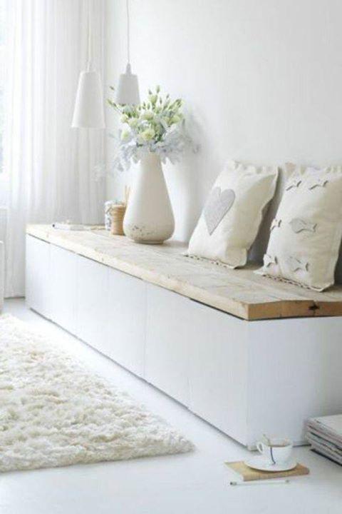 banquette coffre mon salon douillet pinterest banquettes interiors and living rooms. Black Bedroom Furniture Sets. Home Design Ideas