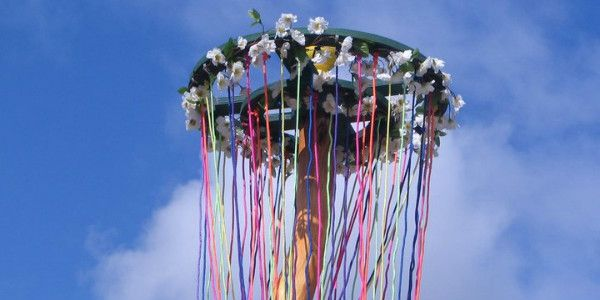 Lick the maypole she gobbled