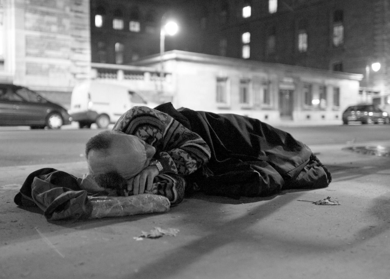 Homelessness Up 12 In L A City And County The Homeless Population Jumped 12 In The Last Two Years In Both The Homeless Person Helping The Homeless Homeless