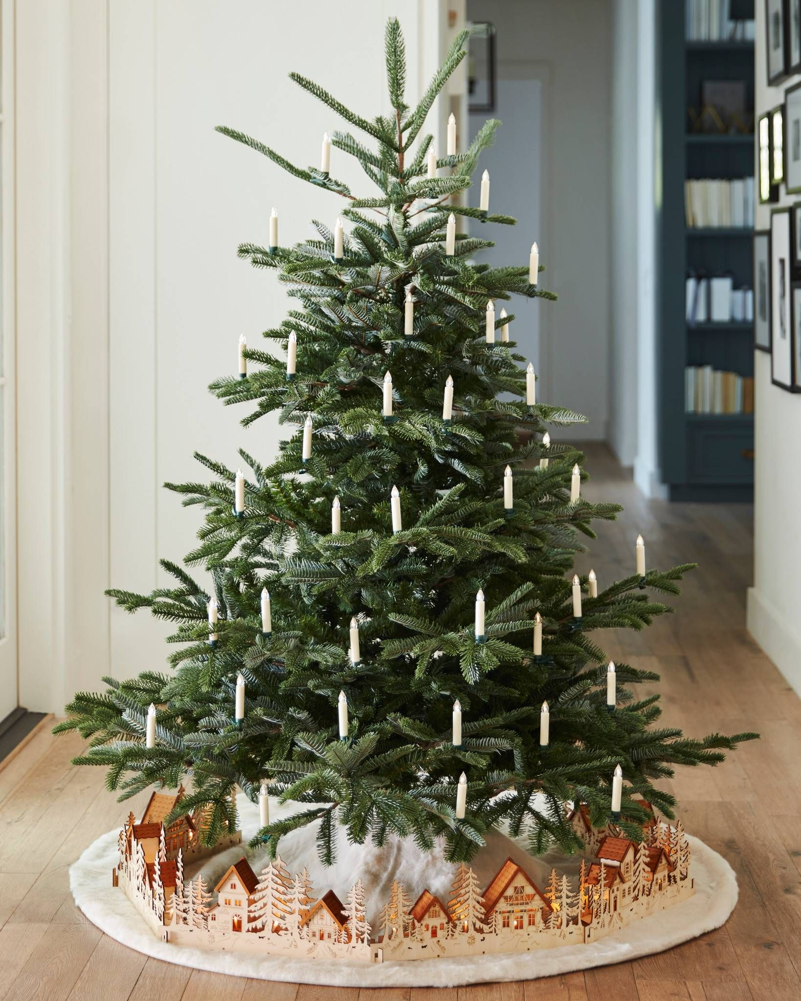 Nature S Raw Beauty Takes Center Stage In One Of Our Most Unique Artificial Christmas Trees Led Christmas Tree Christmas Tree Candles Realistic Christmas Trees