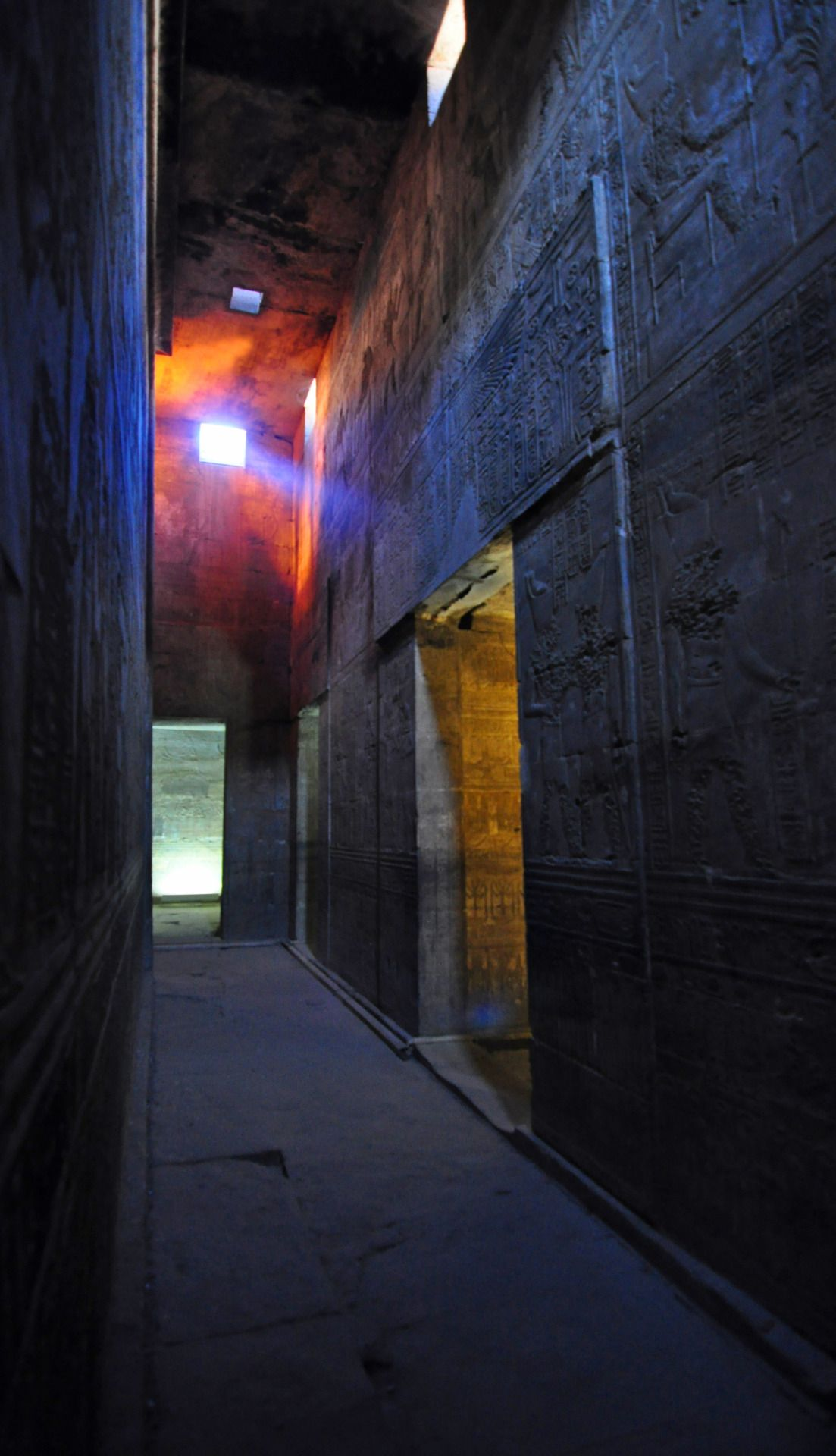 The Horus, Hathor and Harsomtus temple of Edfu, Upper Egypt. Germán Erostarbe 2015