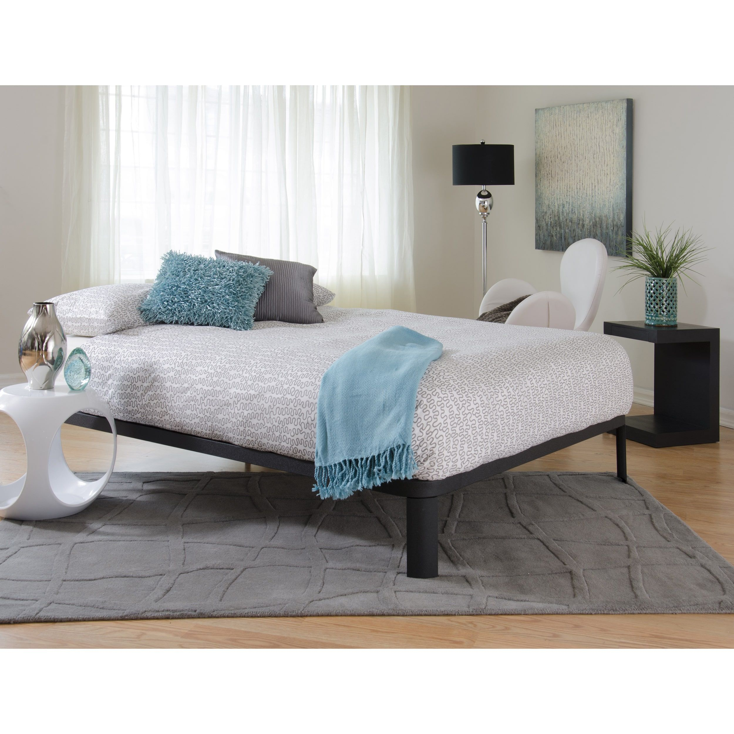 Motif Design Lunar Deluxe Black Platform Bed (Full/Double)