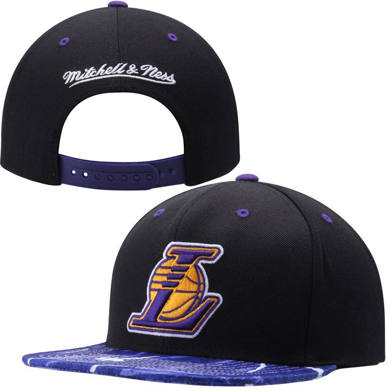 e851d6cde53 Los Angeles Lakers Mitchell   Ness Team Color Stroke Camo Snapback  Adjustable Hat - Black