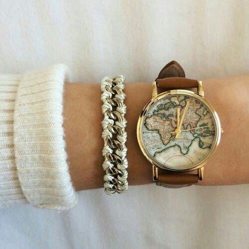 Accesorios mujer. Reloj