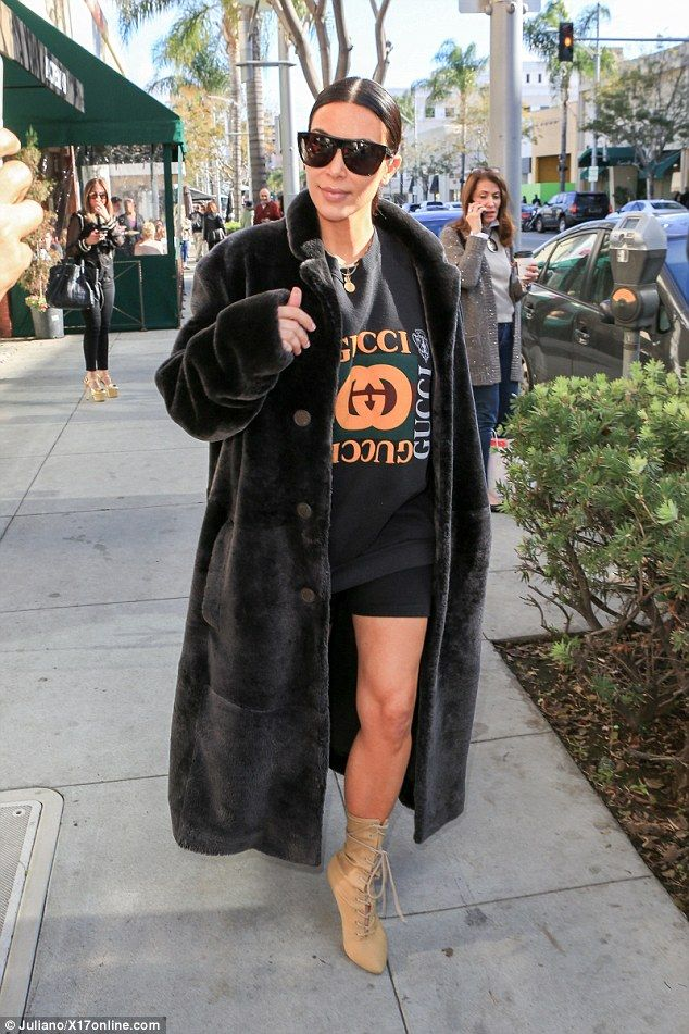 f21b5641c94 Breaking the rules  Kim Kardashian pushed style boundaries as she stepped  out in Beverly Hills