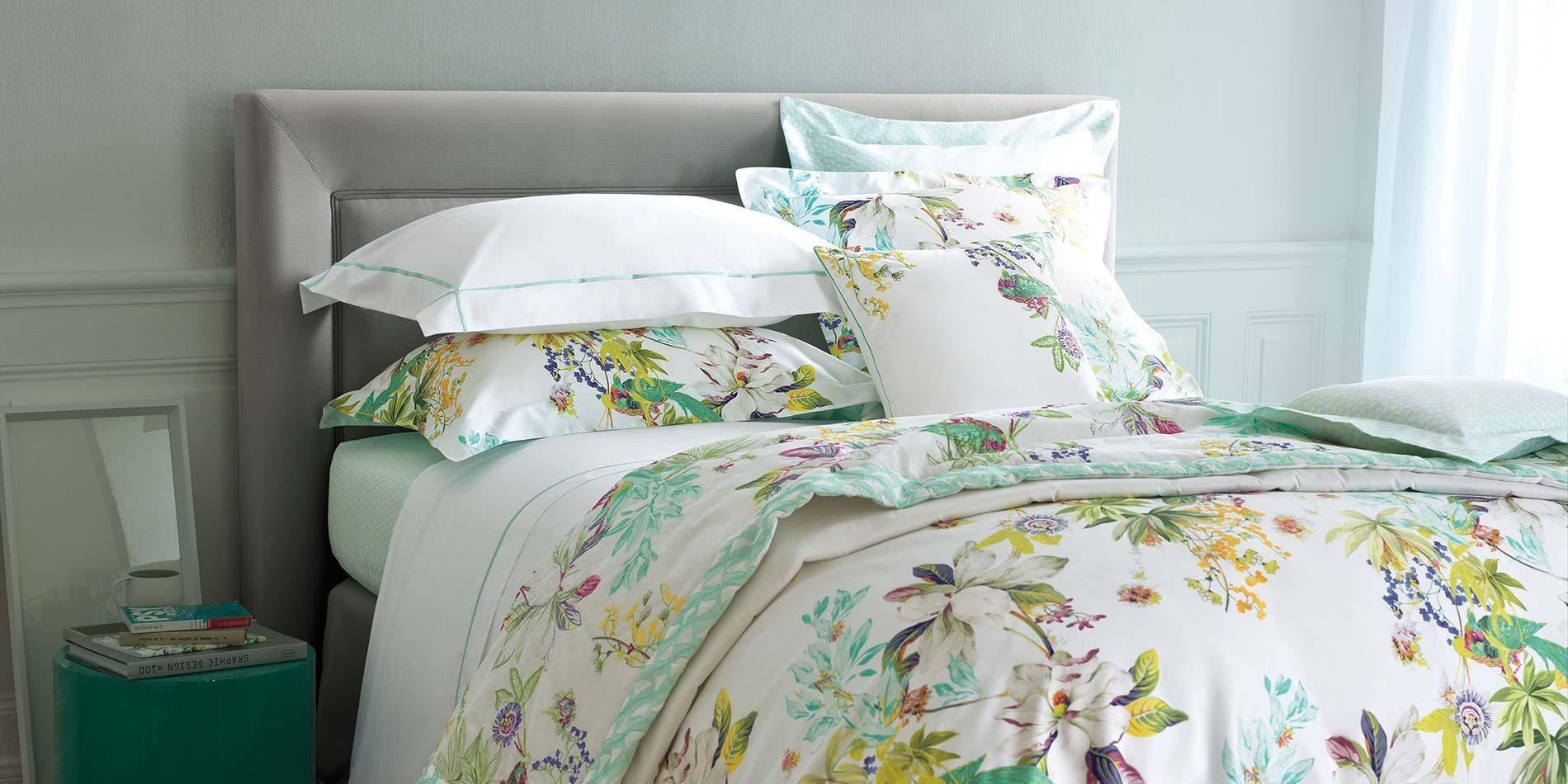 Parure de lit ailleurs linge de lit parures de lit haut - Parure de lit haut de gamme ...