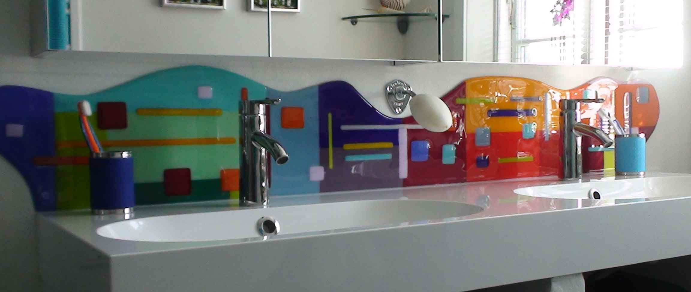 Stænkplader og hylder - Glaskunst