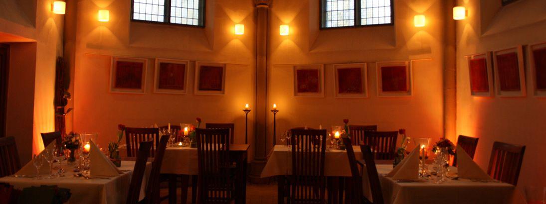 Kapelle Himmel und Erde ♥  Stilvolles Restaurant in alter Kapelle in Limburg/Lahn
