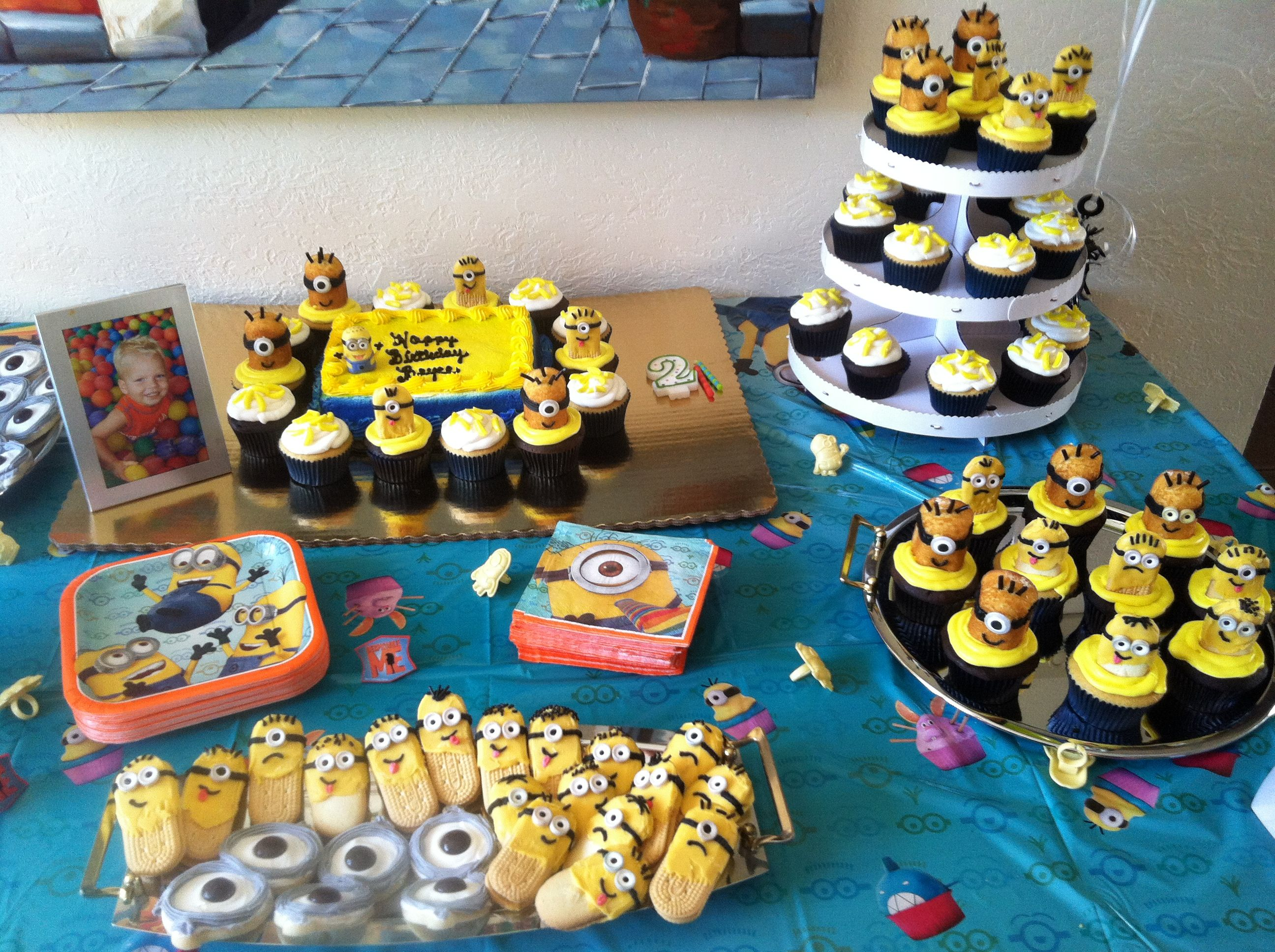 Minion birthday bash!!! My 2 year old loved his theme. | Birthday ...