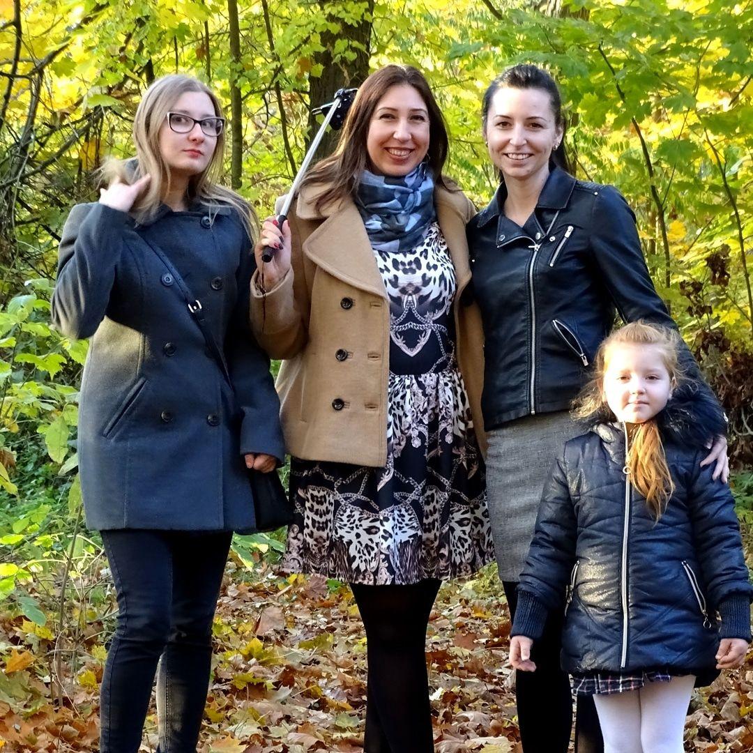 #instaphoto #polishgirls #beautiful #beautifulgirls #wparku #jesień #rodzina #family #instagram #pieknepolki #nature...