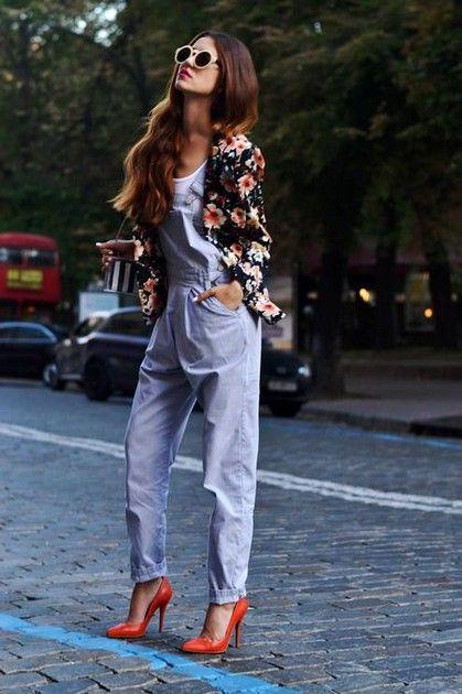 Как носить женский джинсовый комбинезон  62 фото   mood inspire ... 6b73cf55cdc