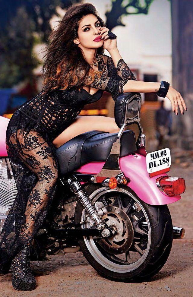 heiße priyanka chopra sexy Bilder