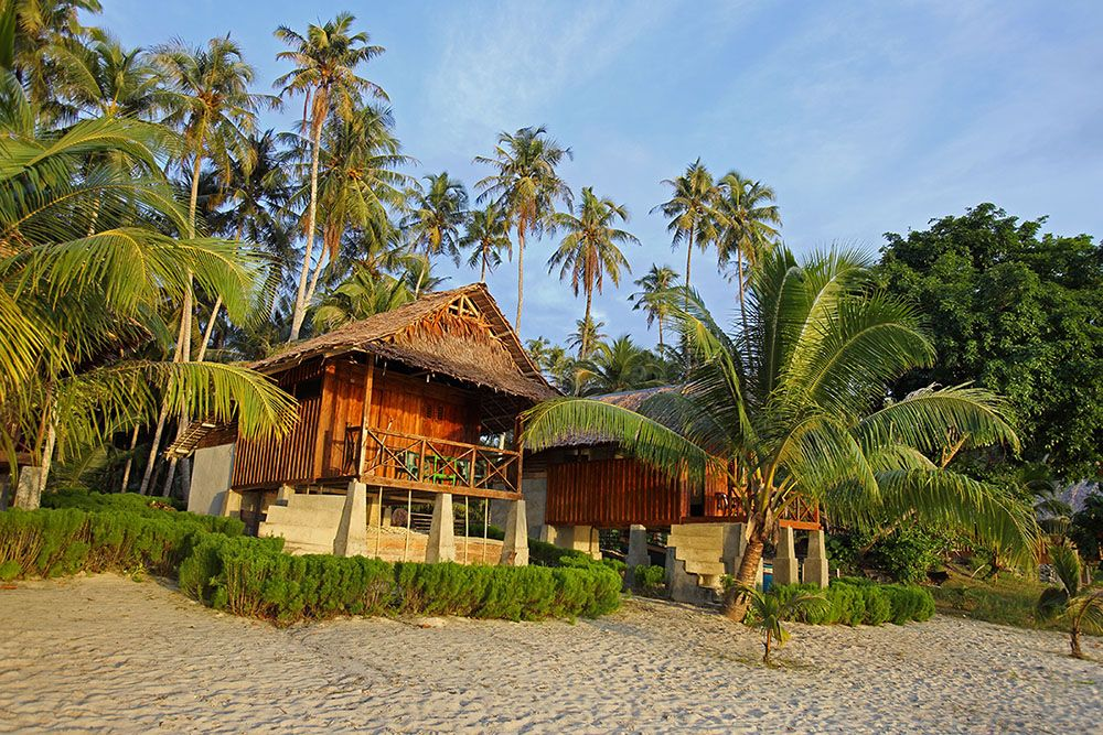 Mama Silvi S Cottages On Asu Island Perfect Beach Chill Place On A Tropical Paradise Island Off The West Coast Of Nias With Images Island Beach Bungalows Paradise Island