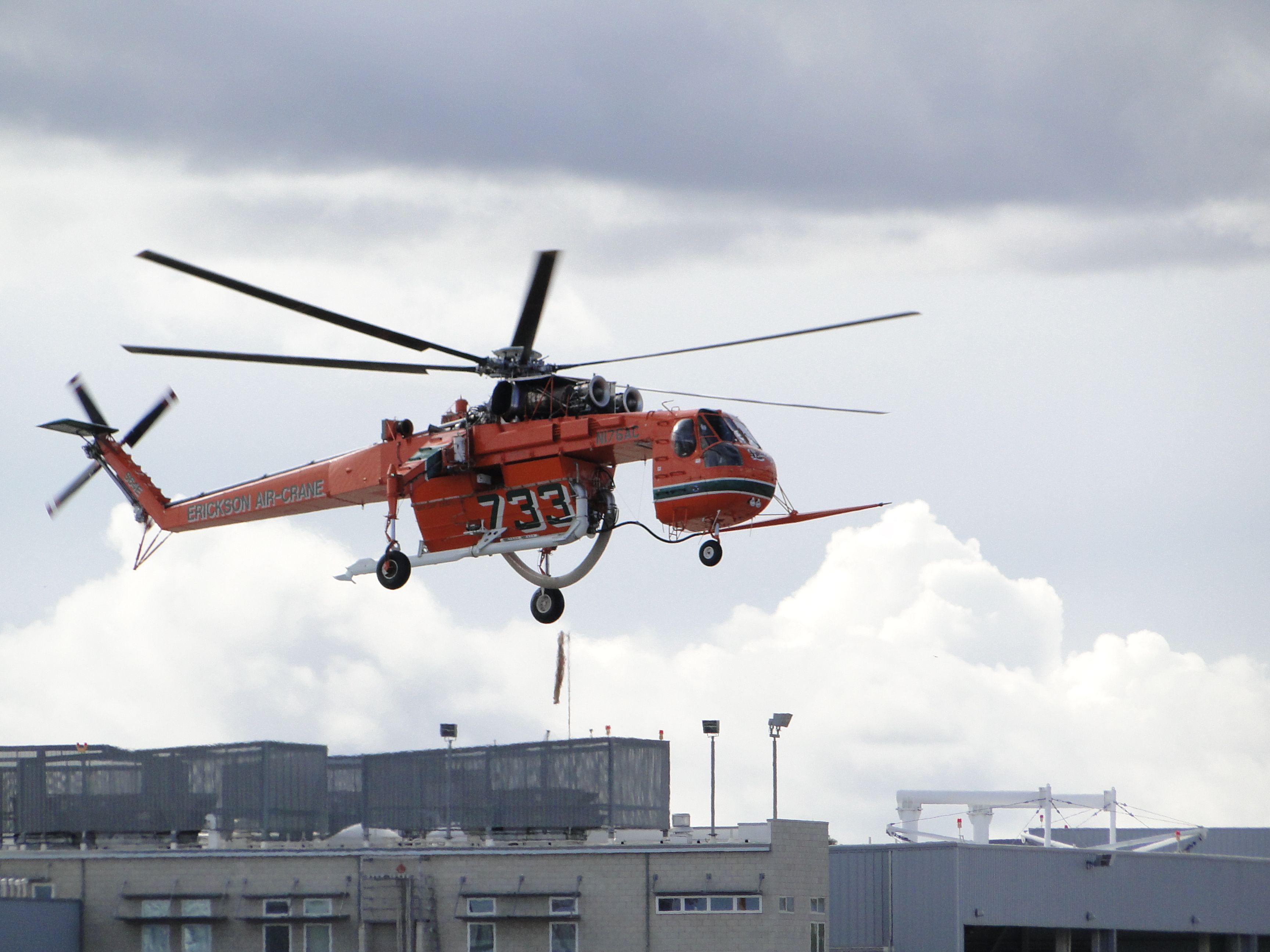 Erickson SkyCrane helicopter VNY Helicopter, Erickson