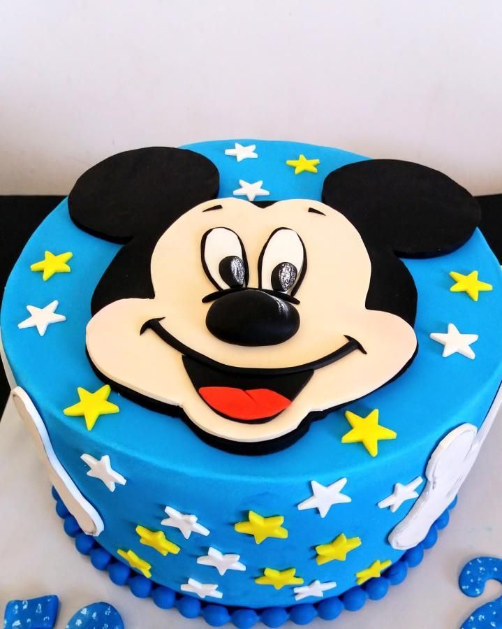 Mickey Mouse By Silviq Ilieva Minnie Mouse Birthday Cakes Mickey Cakes Mickey Mouse Birthday Cake