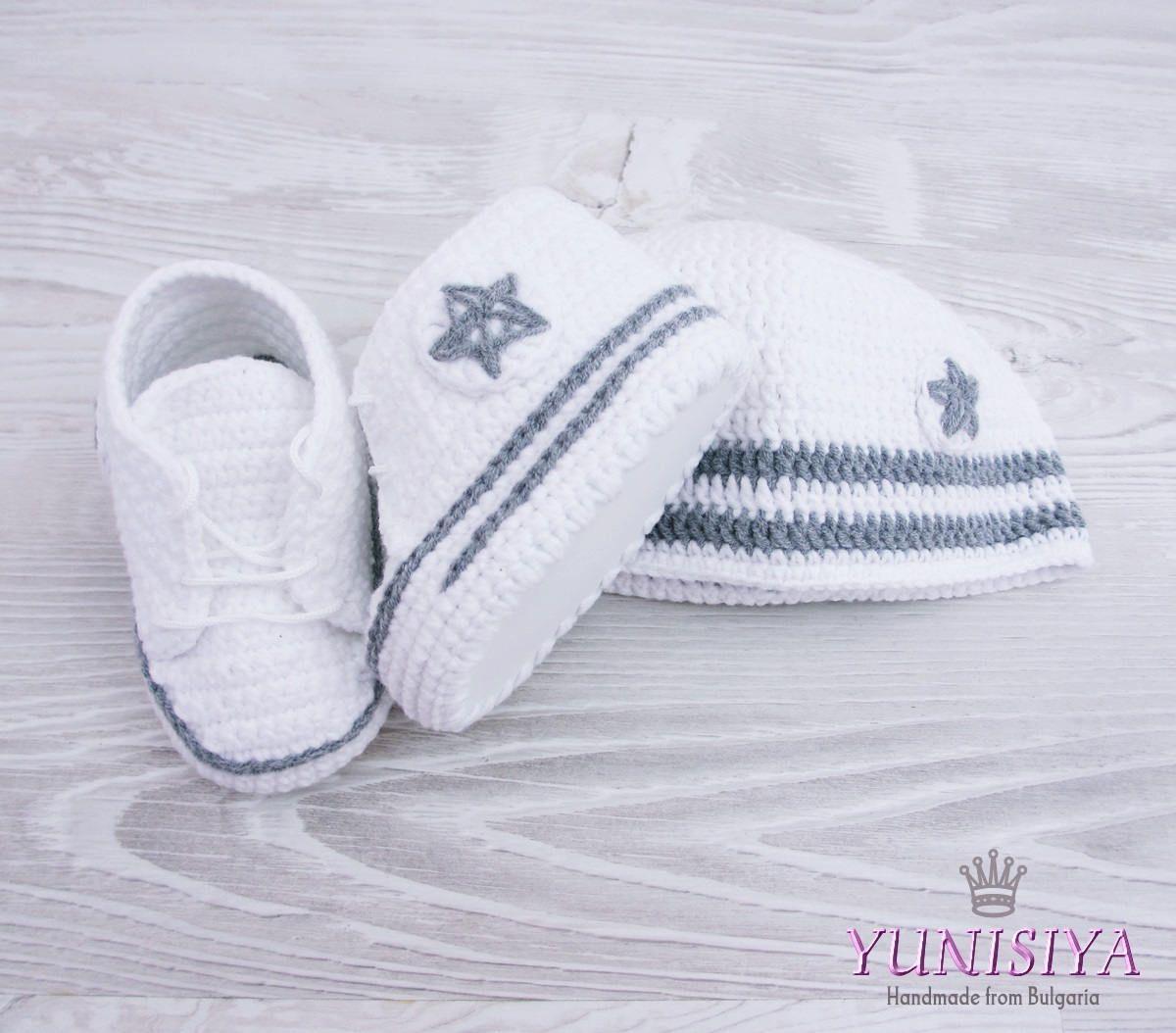 Crochet Baby set Crochet Baby hat Custom converse Baby