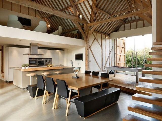 Esszimmer einrichten Ideen Leder Sitzbank Stühle Quadrattisch Möbel